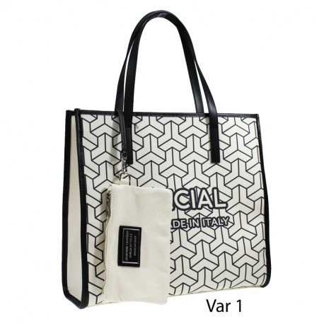 canvas bag with leather trimmed