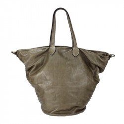 Shoulder bag in washed leather