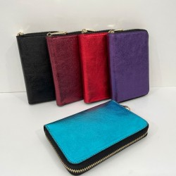 Wallet in laminated leather