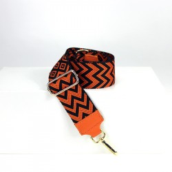 Shoulder strap in patterned fabric