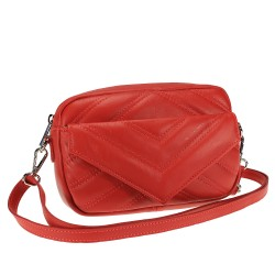 Shoulder bag in quilted leather
